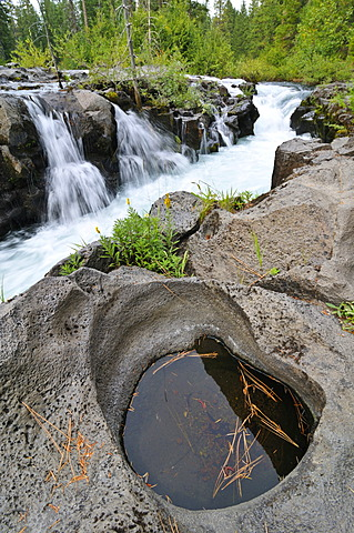 Waterfall on lava rock, Crater Lake National Park, Oregon, USA, North America