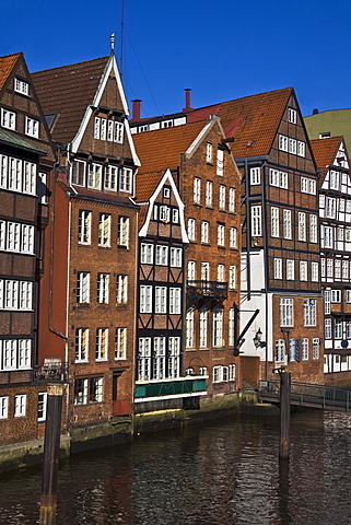 Historic timber-framed houses in Hamburg, Deichstrasse, Nikolaifleet, Altstadt district, Hamburg, Germany, Europe
