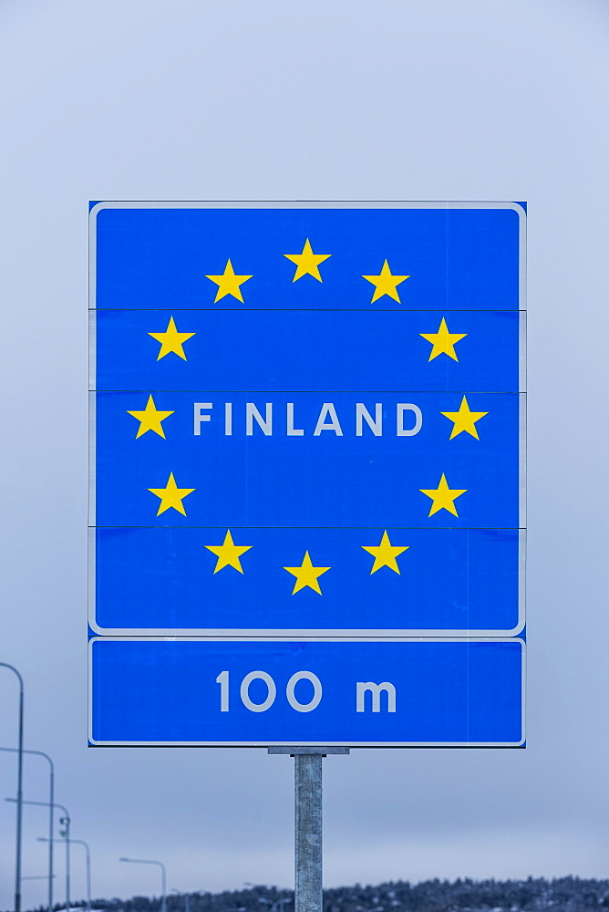 Border sign, border between Sweden and Finland, Karesuando, Norrbotten County, Sweden, Europe