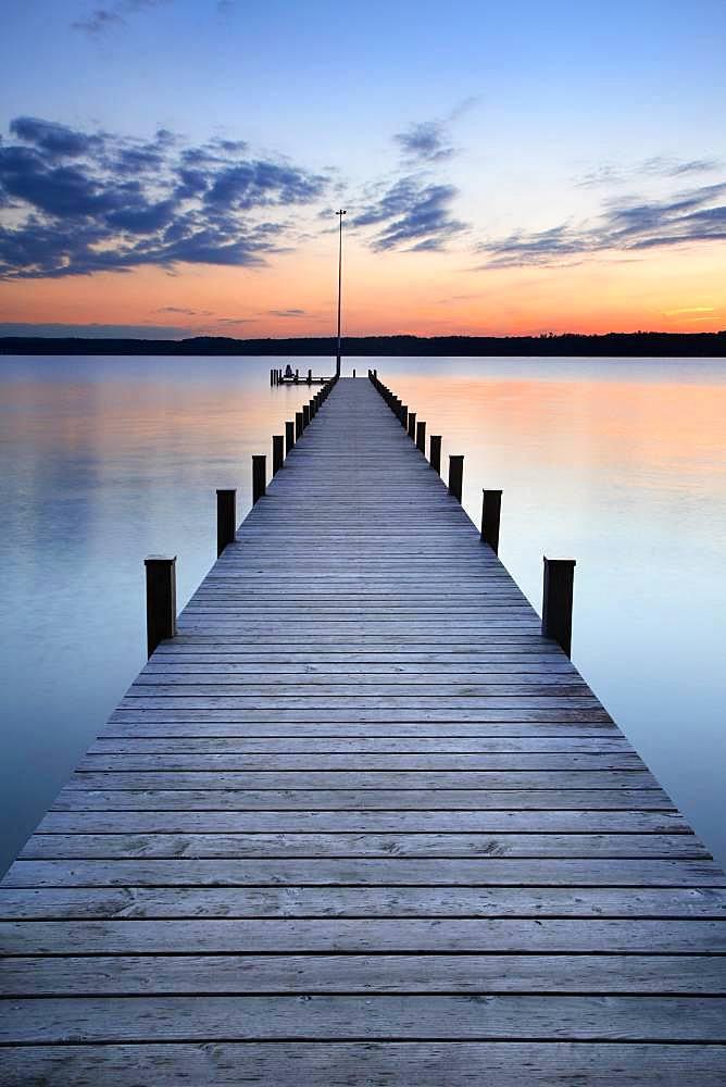 Long jetty at Lake Starnberg, after sunset, Upper Bavaria, Bavaria, Germany, Europe