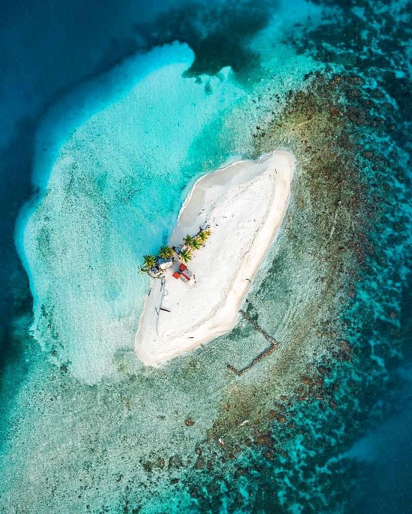 Tropical lonely little island from above, drone shot, San Blas, Guna Yala, Panama, Central America
