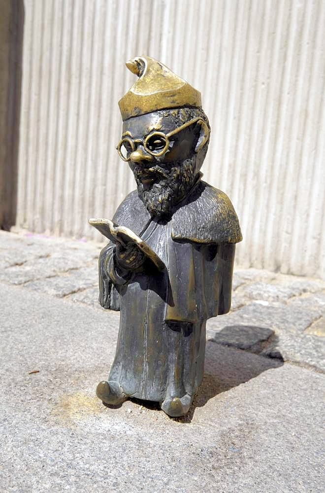 Professor, Wroclaw's dwarfs, Wroclaw, Poland, Europe