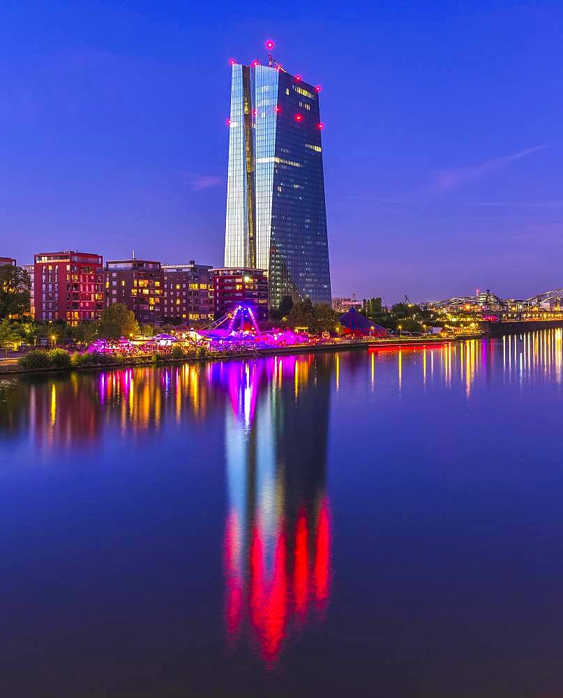 European Central Bank ECB, in front of it brightly lit up the summer shipyard, the international theatre festival on the banks of the Main, Frankfurt am Main, Hesse, Germany, Europe