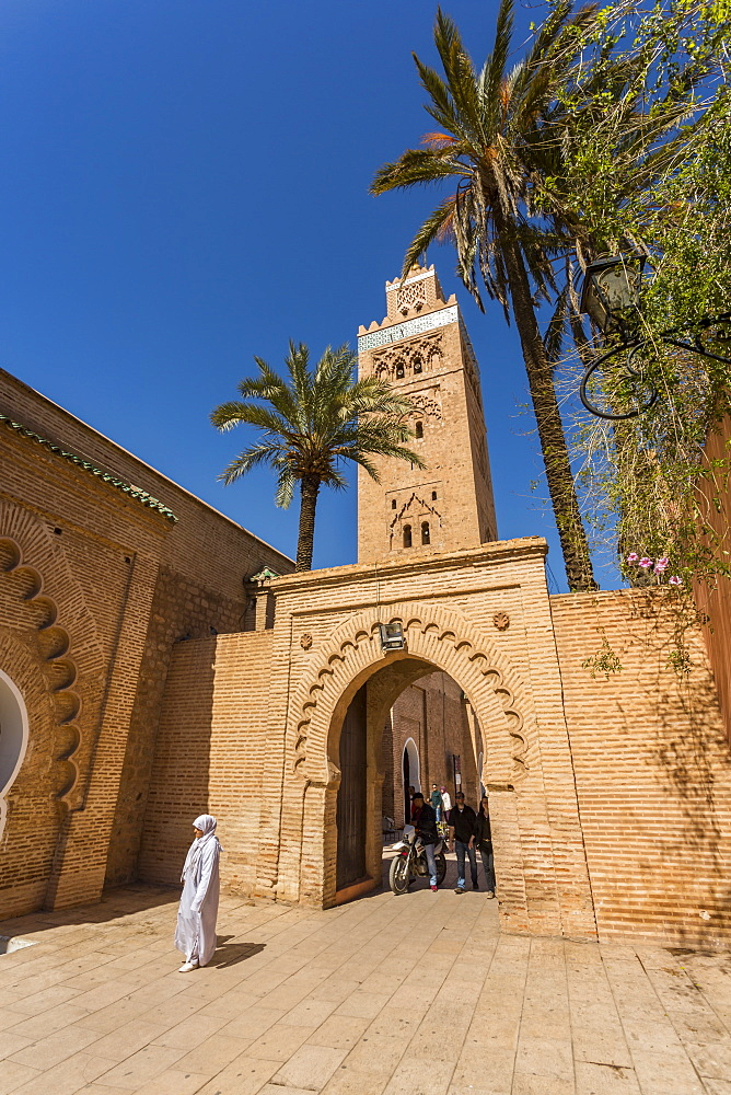View of Koutoubia Mosque, UNESCO World Heritage Site, and archway during daytime, Marrakesh, Morocco, North Africa, Africa
