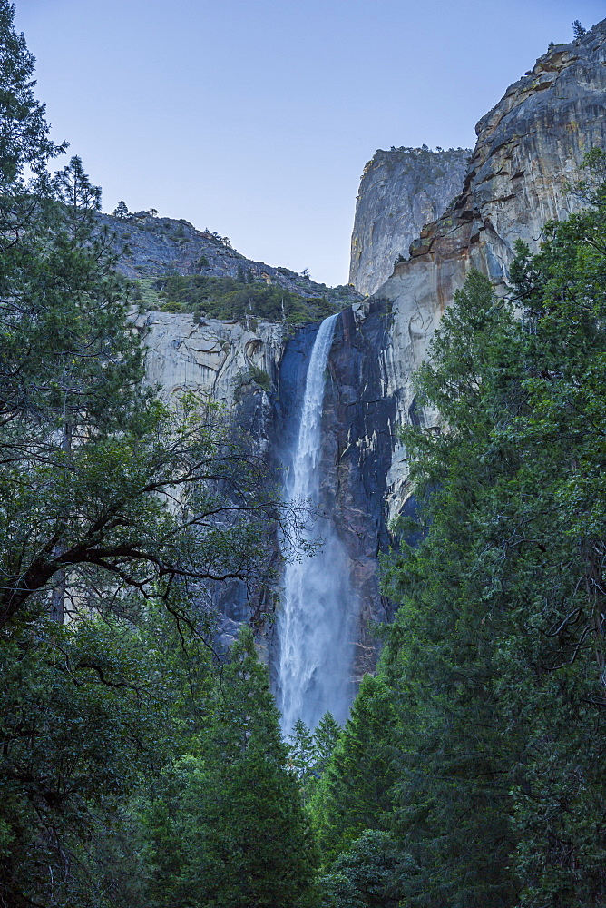Upper Yosemite Falls, Yosemite National Park, UNESCO World Heritage Site, California, United States of America, North America