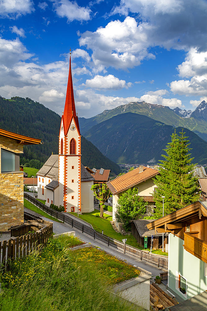 View of Finkenberg Church, Finkenberg, Tuxertal valley, Mayrhofen, Zillertal Valley, Tyrol, Austria, Europe