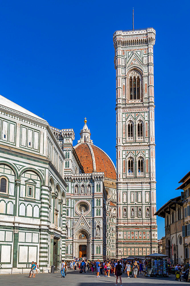 View of the Baptistery and Campanile di Giotto, Piazza del Duomo, Florence (Firenze), UNESCO World Heritage Site, Tuscany, Italy, Europe - 844-23181