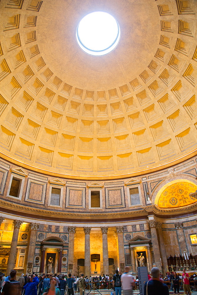 Interior, The Pantheon, UNESCO World Heritage Site, Rome, Lazio, Italy, Europe