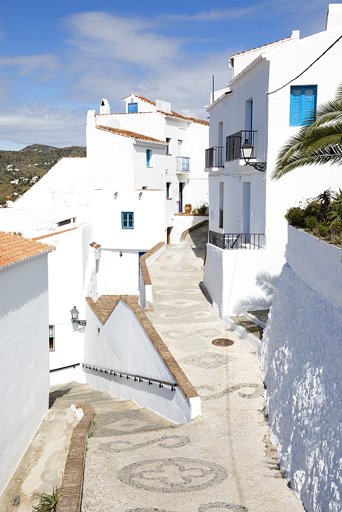 Narrow streets with whitewashed Andalucian houses, Frigiliana, Malaga Province, Costa del Sol, Andalucia, Spain, Europe - 846-2966