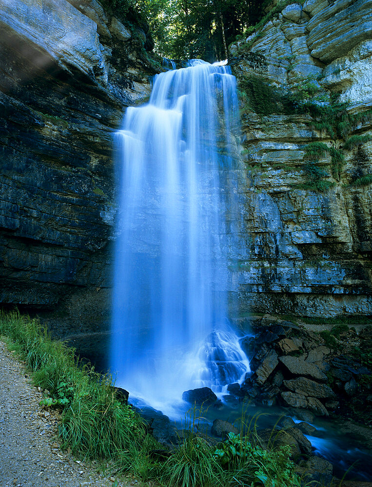 Grand Saut waterfall, Cascades du Herisson, near Clairvaux Les Lacs, Jura, Franche Comte, France, Europe - 846-494