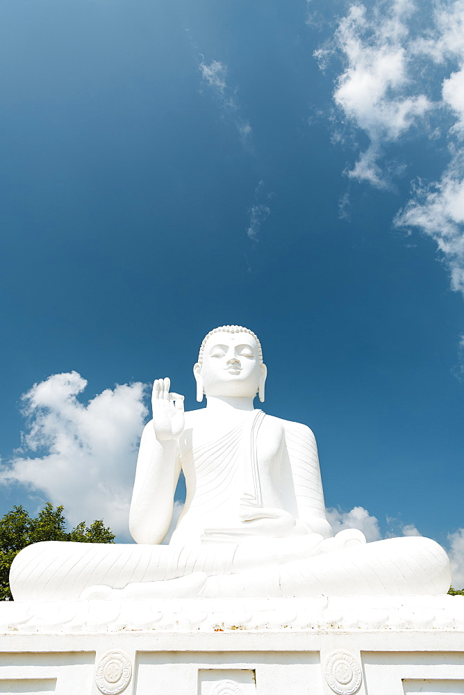 Buddha Statue, Mihintale, North Central Province, Sri Lanka, Asia - 848-1752