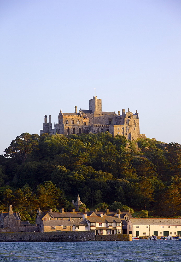 St. Michaels Mount, cut off from Marazion at high tide, Cornwall, England, United Kingdom, Europe - 851-569