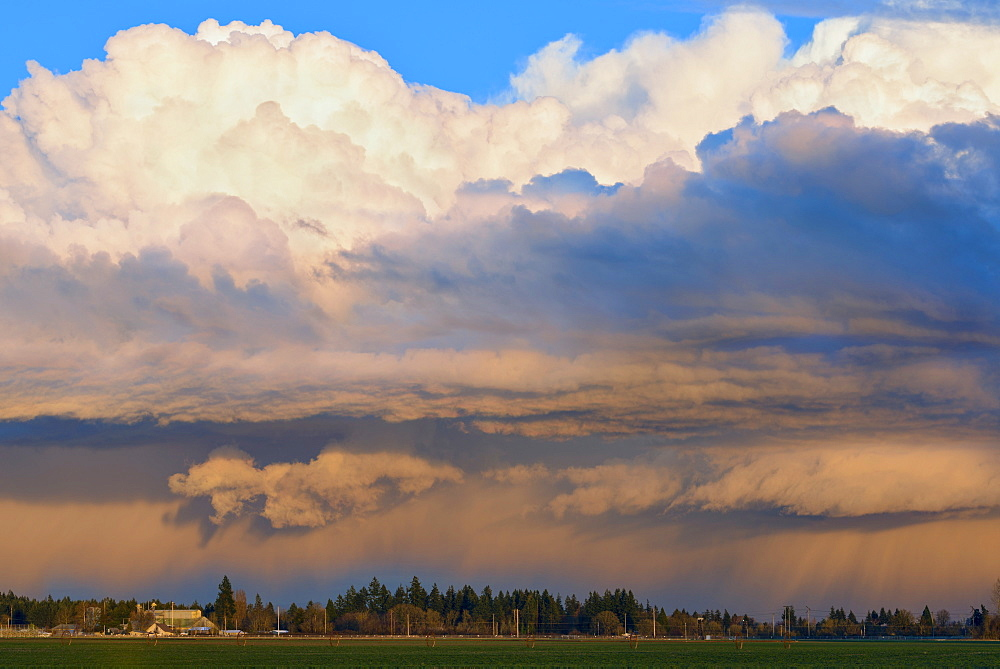 View at storm cloud, USA, Oregon, Willamette Valley