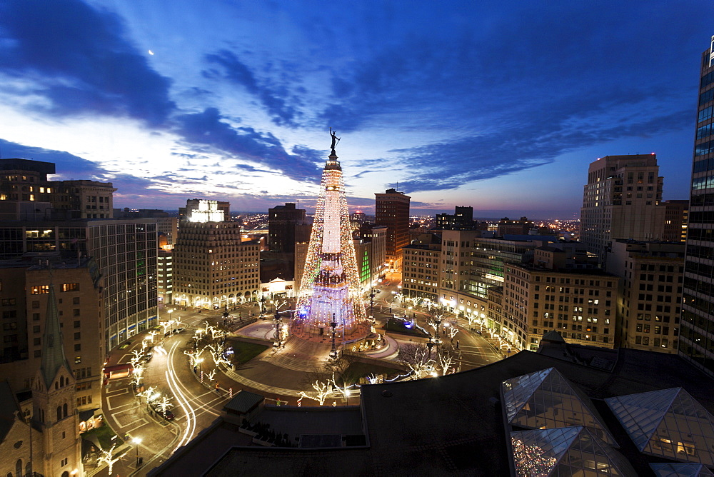 Elevated view of Indiana Soldiers and Sailors Monument, Indianapolis, Indiana