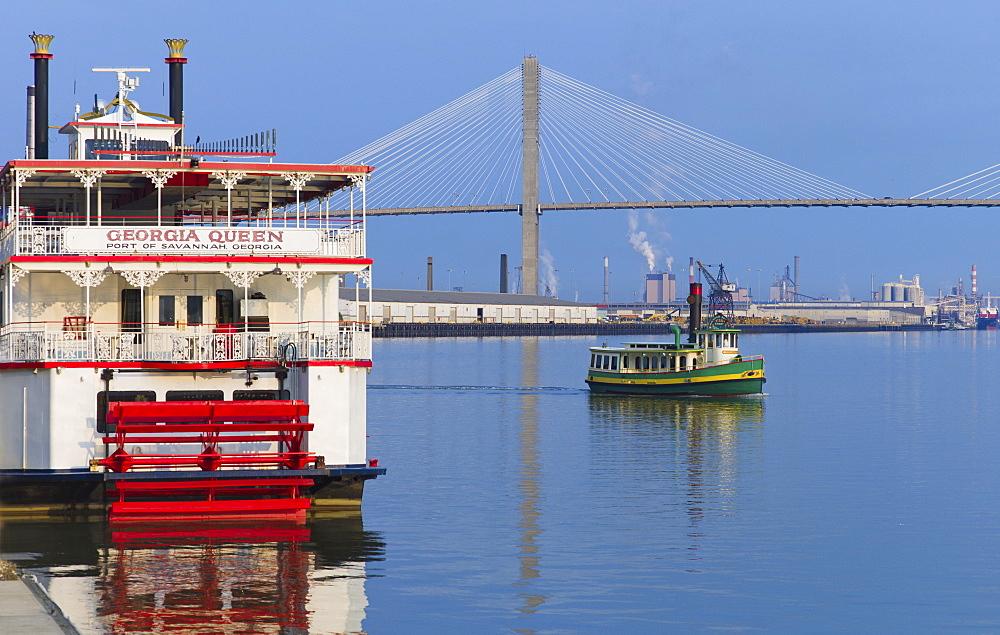 USA, Georgia, Savannah, Talmadge Bridge and ferry