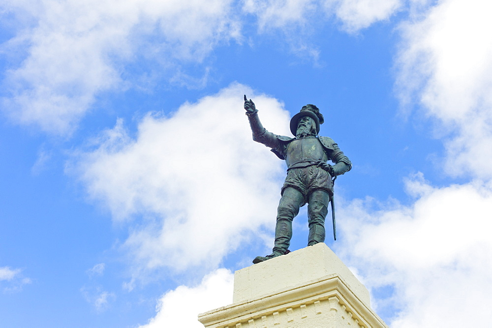 Puerto Rico, Old San Juan, Juan Ponce De Leon Statue