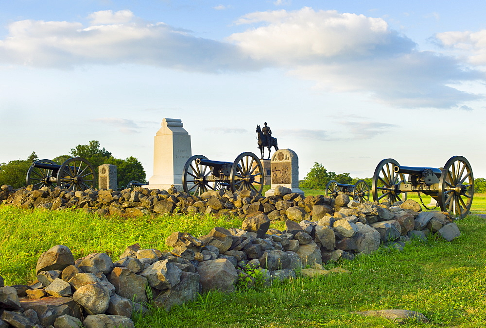 Cannons on cemetery ridge