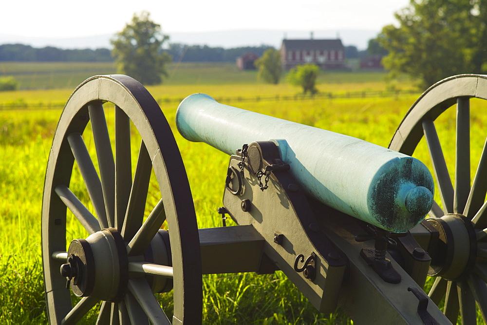 Cannon on cemetery ridge