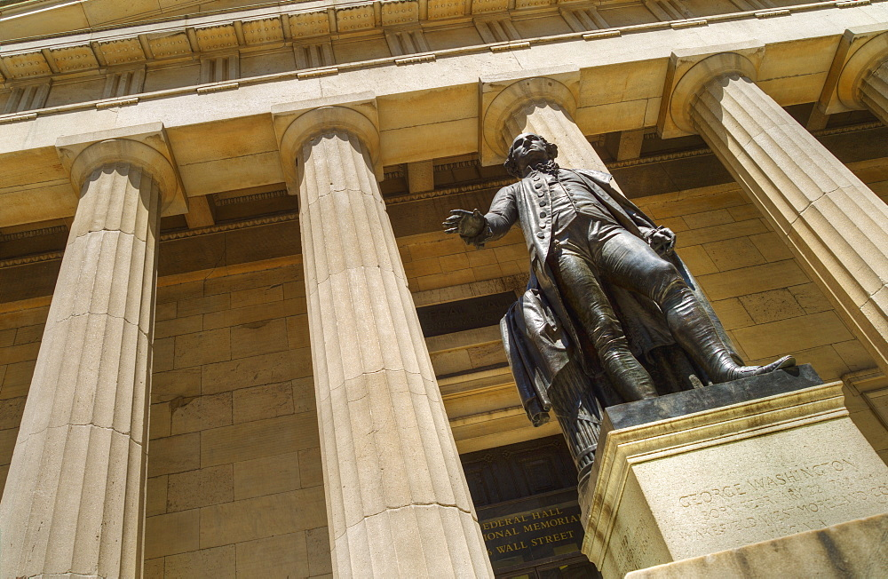 Statue of George Washington in front of Federal Hall