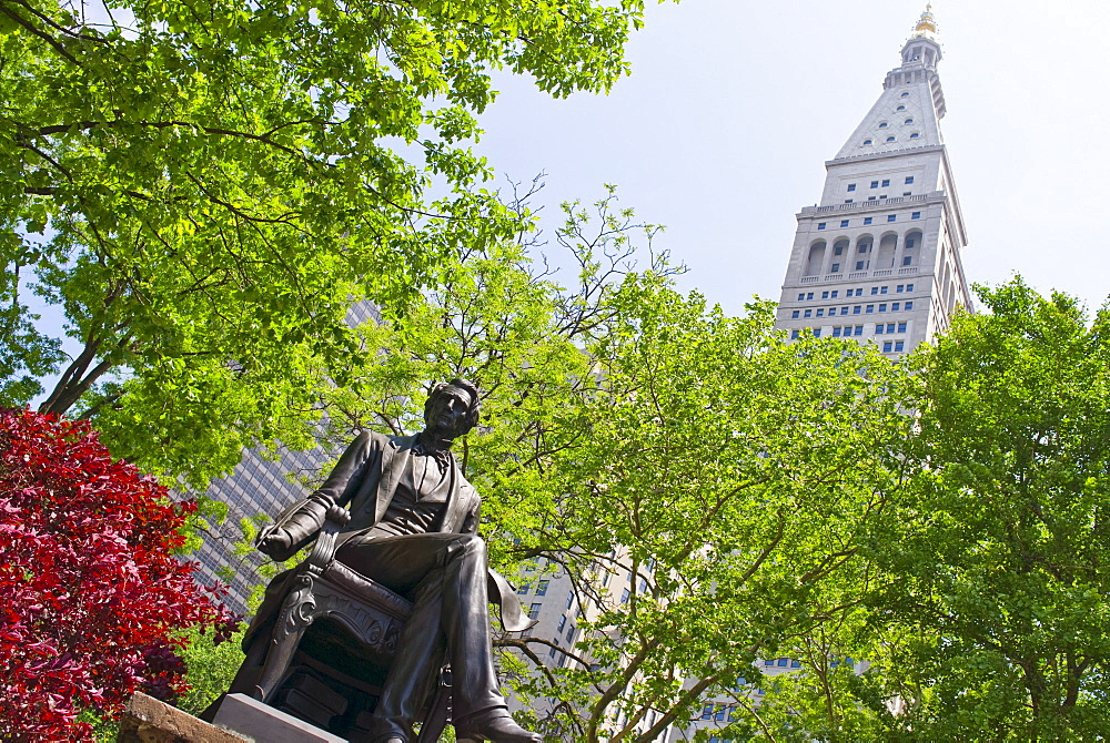 Statue of William Seward in Madison Square Park