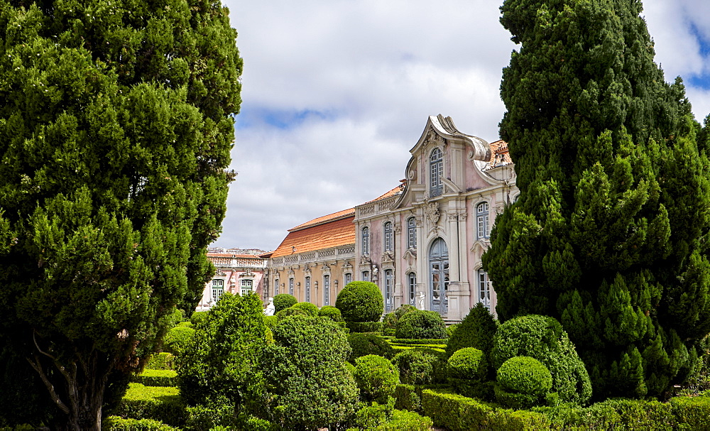 Garden of Queluz National Palace, Queluz, Portugal