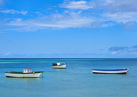 Aruba, boats on sea