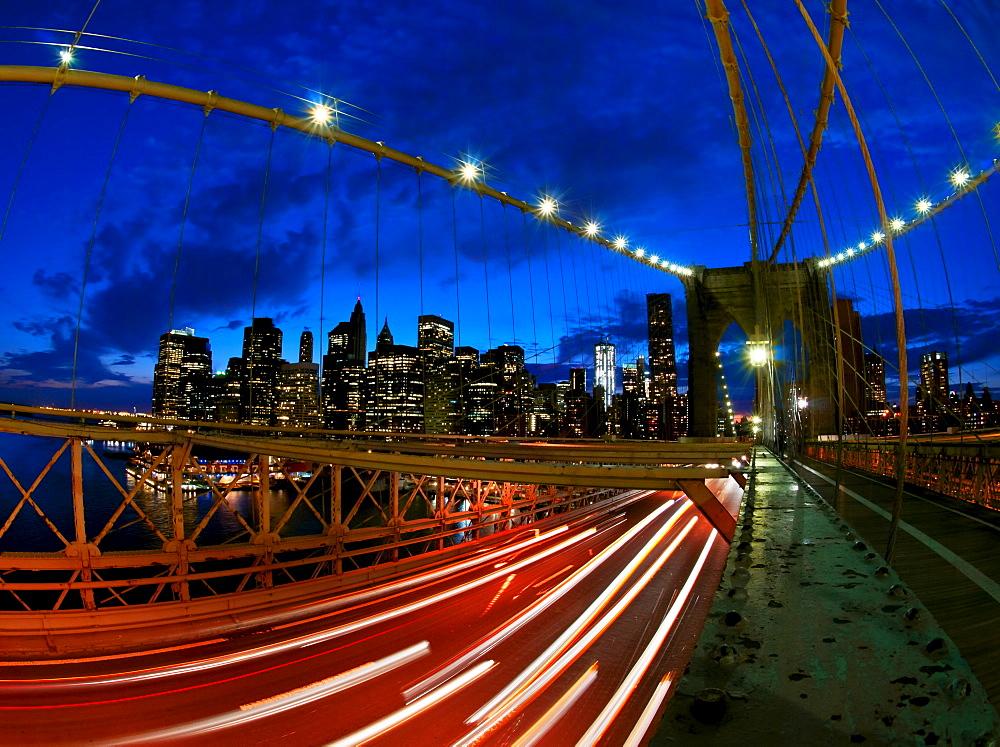USA, New York State, New York City, Manhattan, Brooklyn Bridge at dusk - 1178-18374