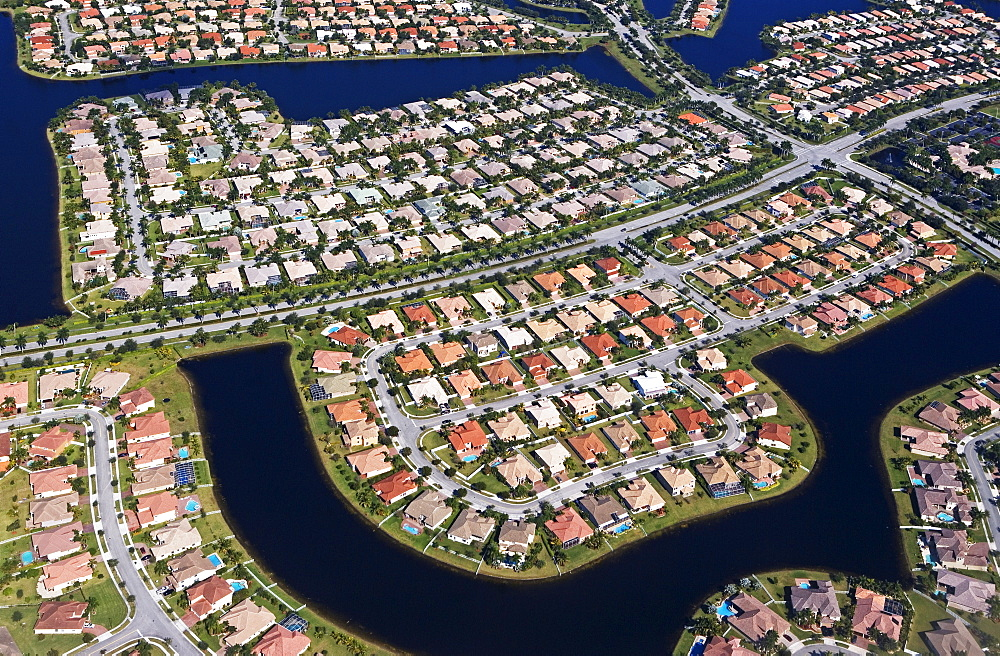 Aerial view of neighborhood in Florida