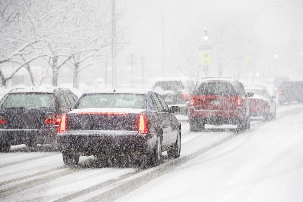 USA, New York City, traffic in blizzard