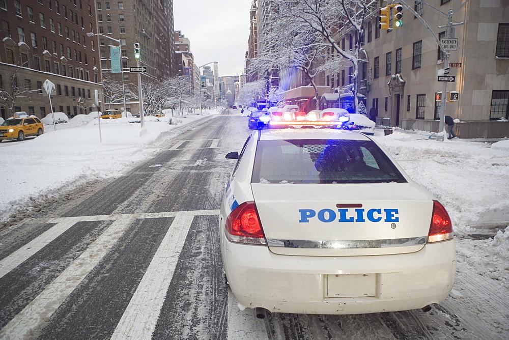 USA, New York City, police car on Park Avenue