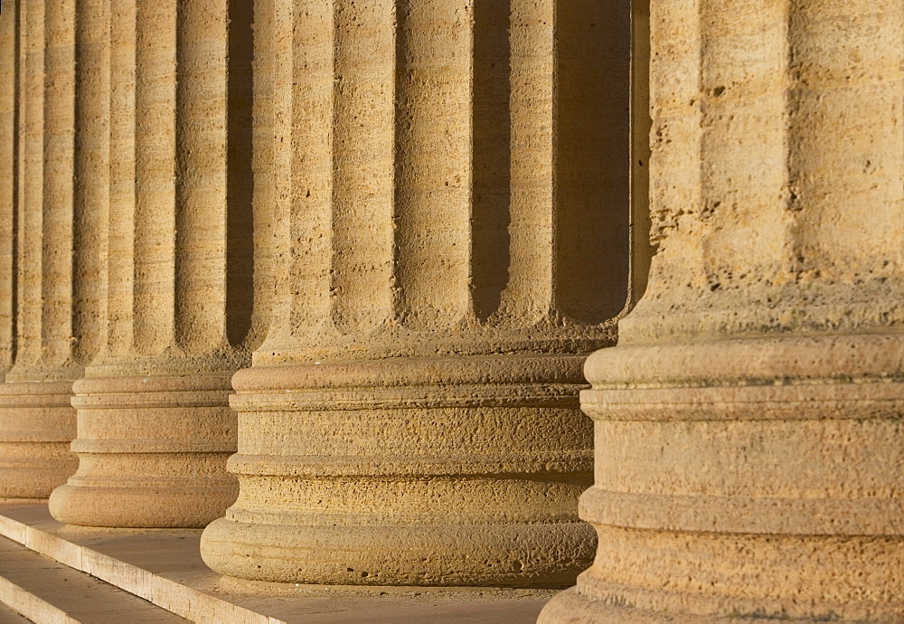 USA, Pennsylvania, Philadelphia, close-up of Philadelphia Museum Of Art colonnade