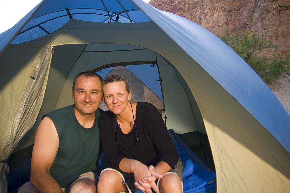 Close up of couple in tent