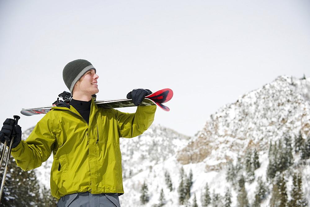 стоит забывать фото мужчин в горах на лыжах утро добро пожаловать
