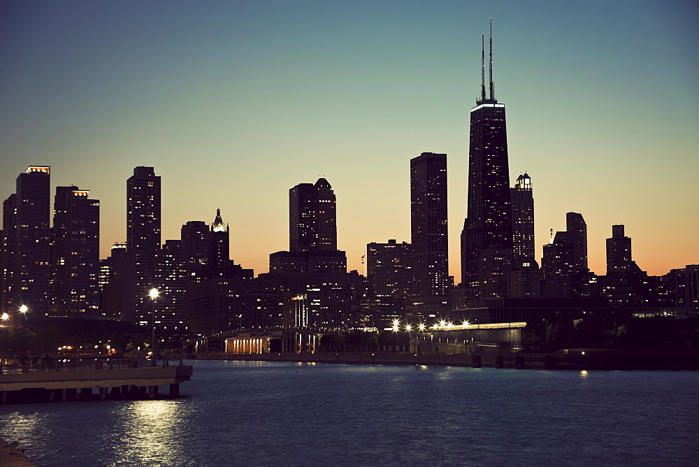 Chicago skyline - Gold Coast, USA, Illinois, Chicago, Michigan City