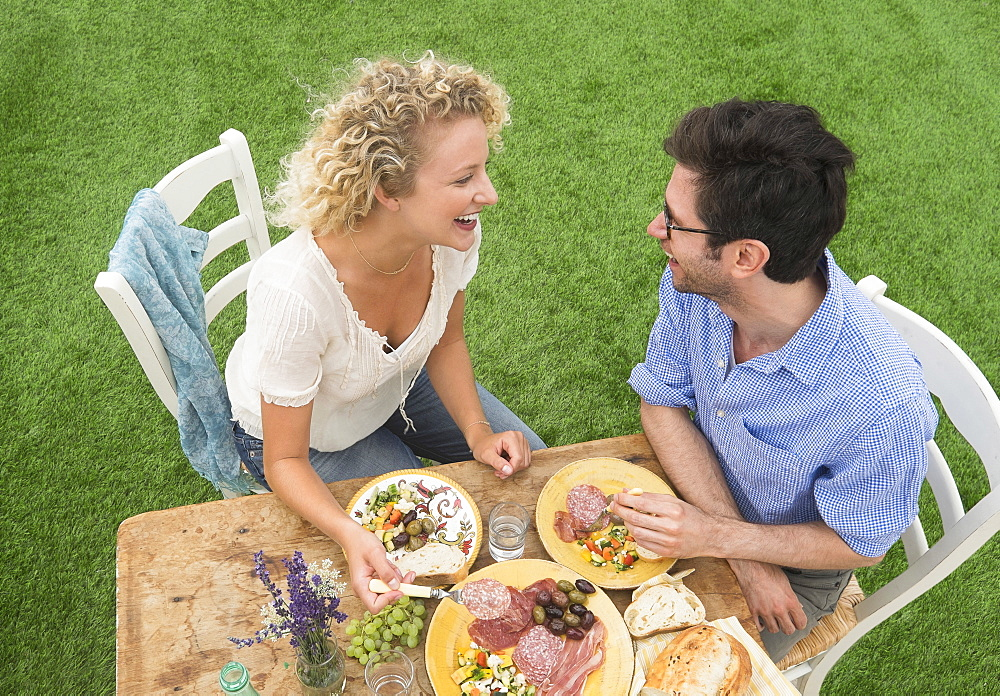 Couple having rustic breakfast - 1178-24324