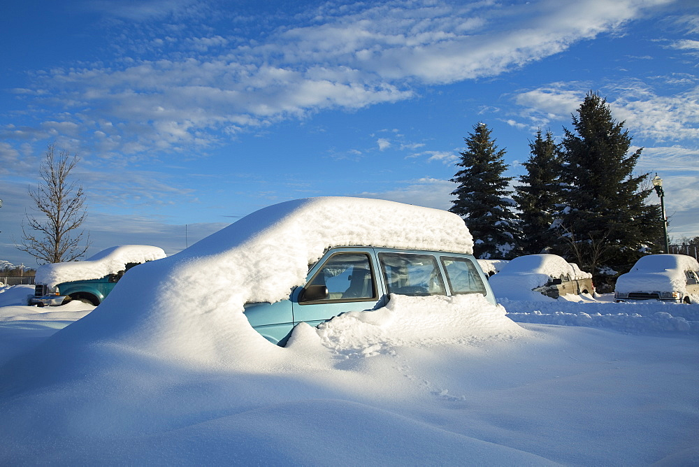 View of snowcapped car, Whitefish, Montana, USA
