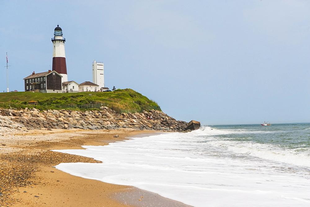 Lighthouse on cliff over sea, USA, New York State, Long Island, Montauk