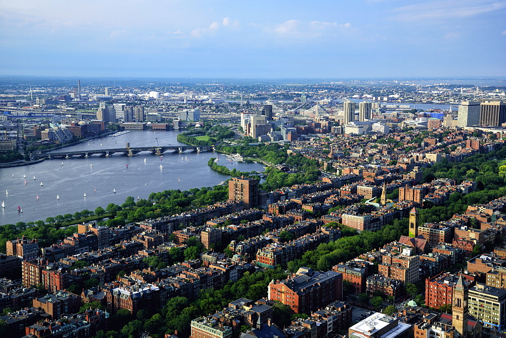 Elevated view over Back Bay, Beacon Hill and Charles River, USA, Massachusetts, Boston