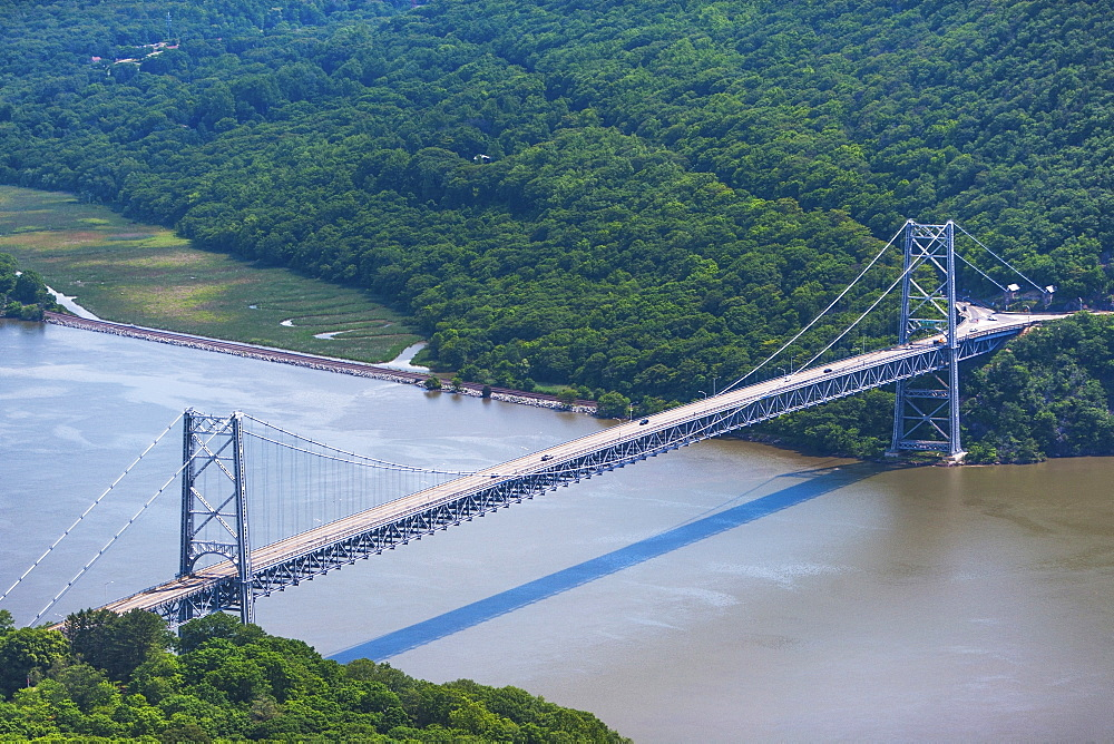 USA, New York State, Bear Mountain Bridge over Hudson river