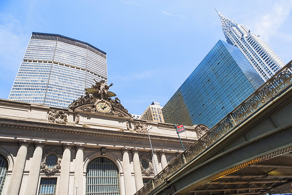 USA, New York State, New York City, Manhattan, Grand Central Station surrounded by skyscrapers