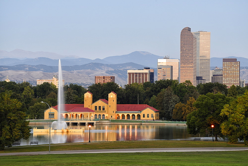 USA, Colorado, Denver, City Park with buildings in background at sunrise