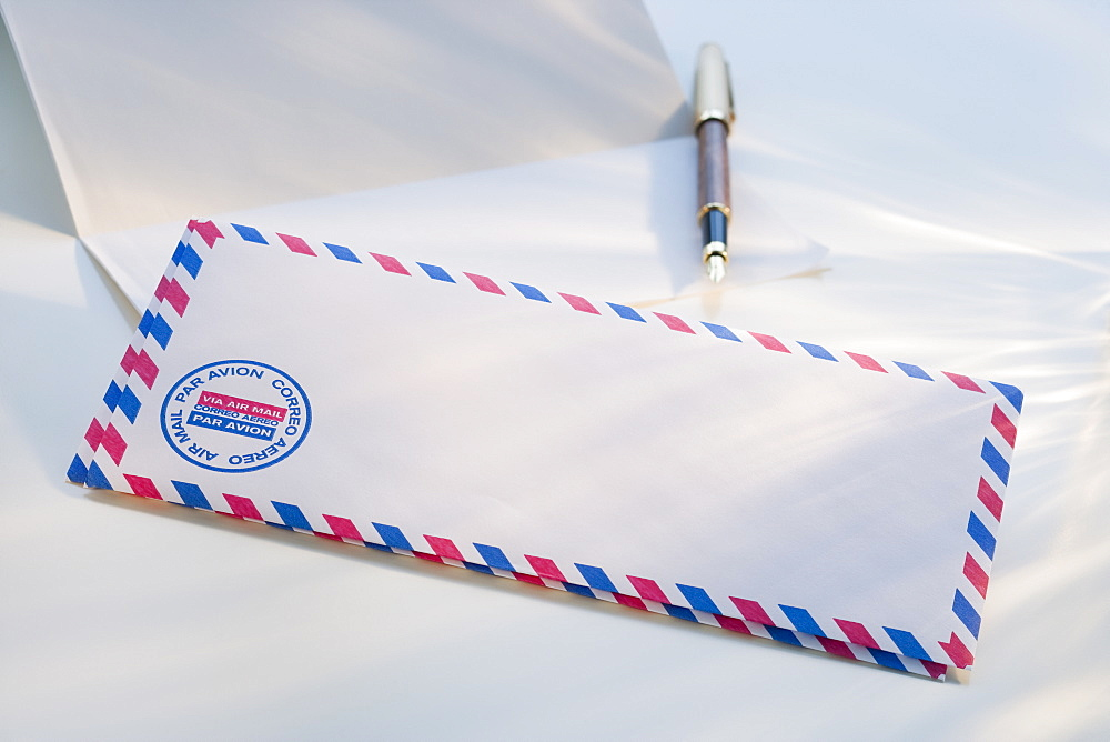 International envelope and pen