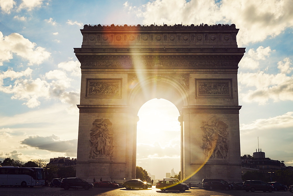 France, Paris, Arc de Triomphe at sunrise - 1178-26078