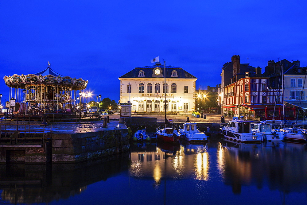 France, Normandy, Honfleur, Town hall with port at dusk