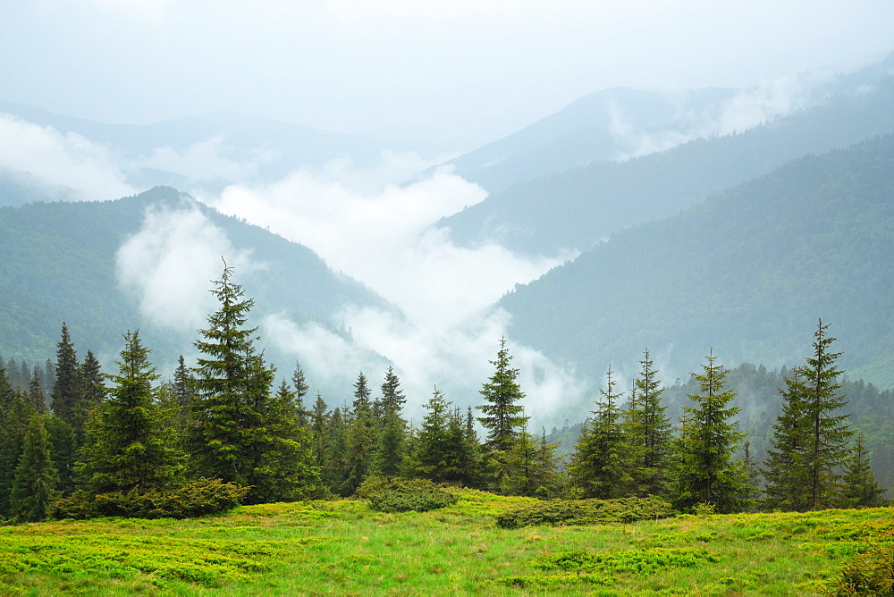 Ukraine, Zakarpattia, Rakhiv district, Carpathians, Maramures, Mountain landscape