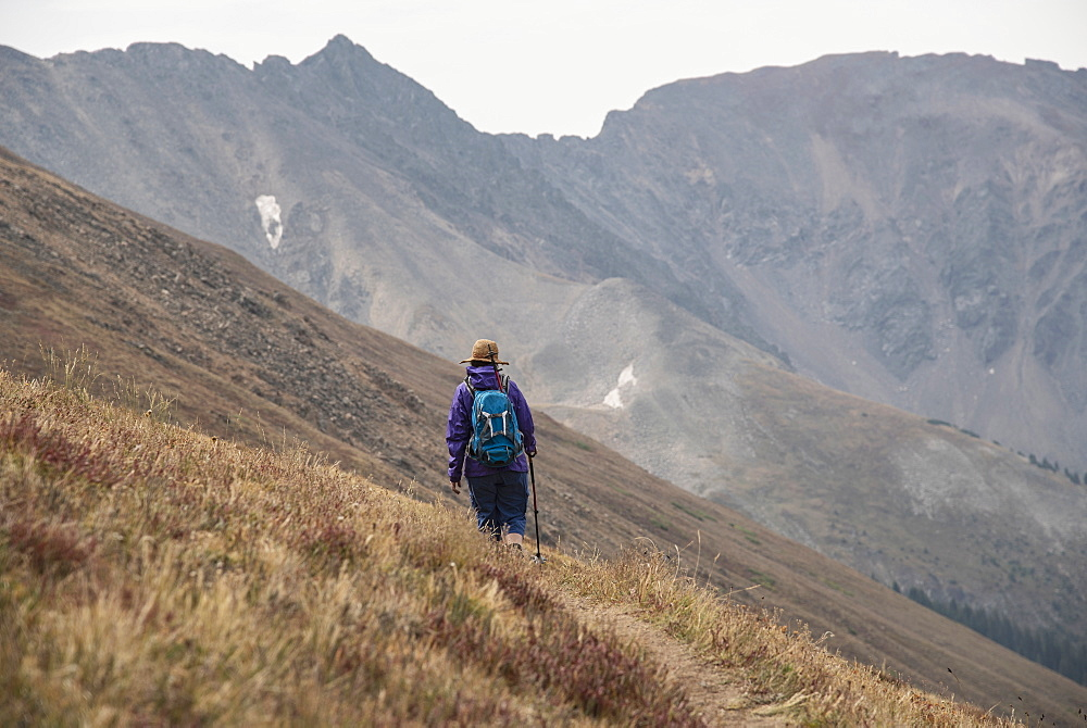 Woman hiking on Loveland Pass, Colorado, West Ridge Trail, Loveland Pass, Colorado, USA - 1178-26348