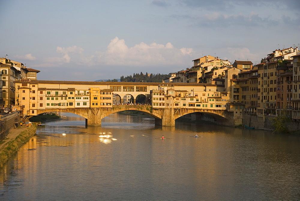 Bridge over river, Ponte Vecchio, Florence, Italy