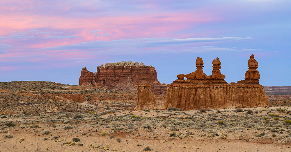 Hoodoos at sunset in Goblin Valley State Park, Utah, USA