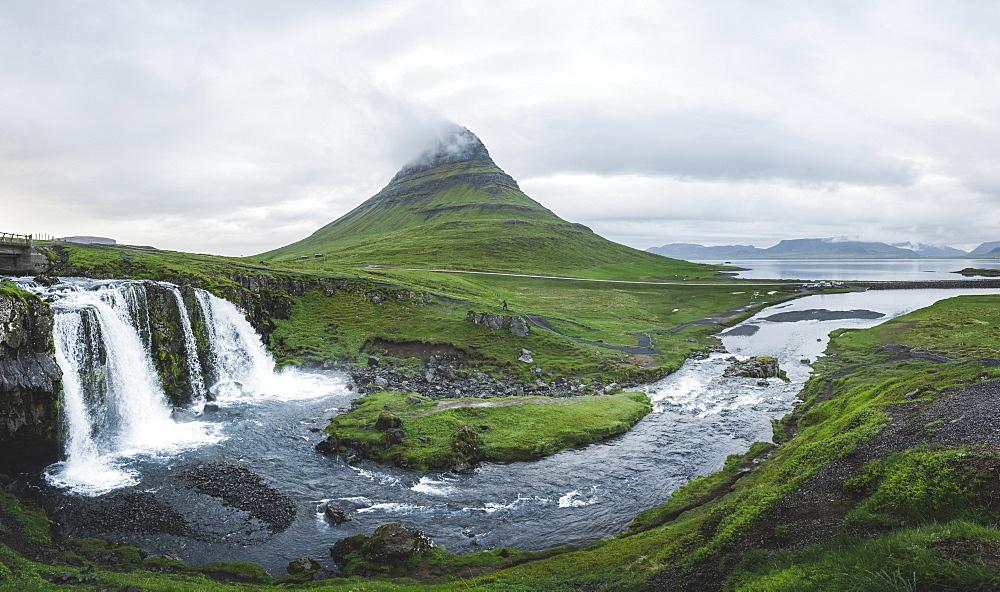 Kirkjufellsfoss waterfall by Kirkjufell in Iceland