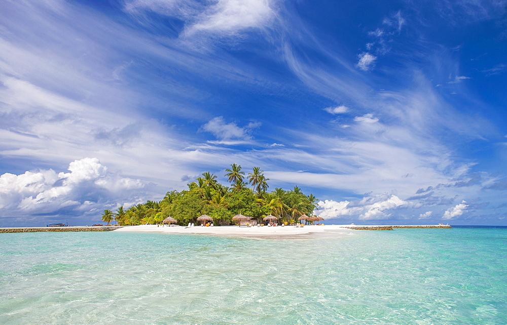 Tropical island in Ari Atoll, Maldives, South Asia